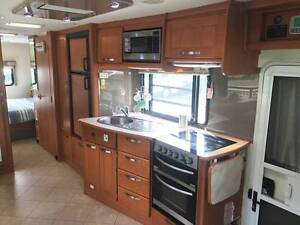 2011 Winnebago Longreach 31ft Motorhome, Excellent Condition North Narrabeen Pittwater Area Preview