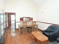 STUNNING DETACHED BUNGALOW. SEE PICTURES THEN CALL 0208 459 4555 TO VIEW. BE UNIQUE