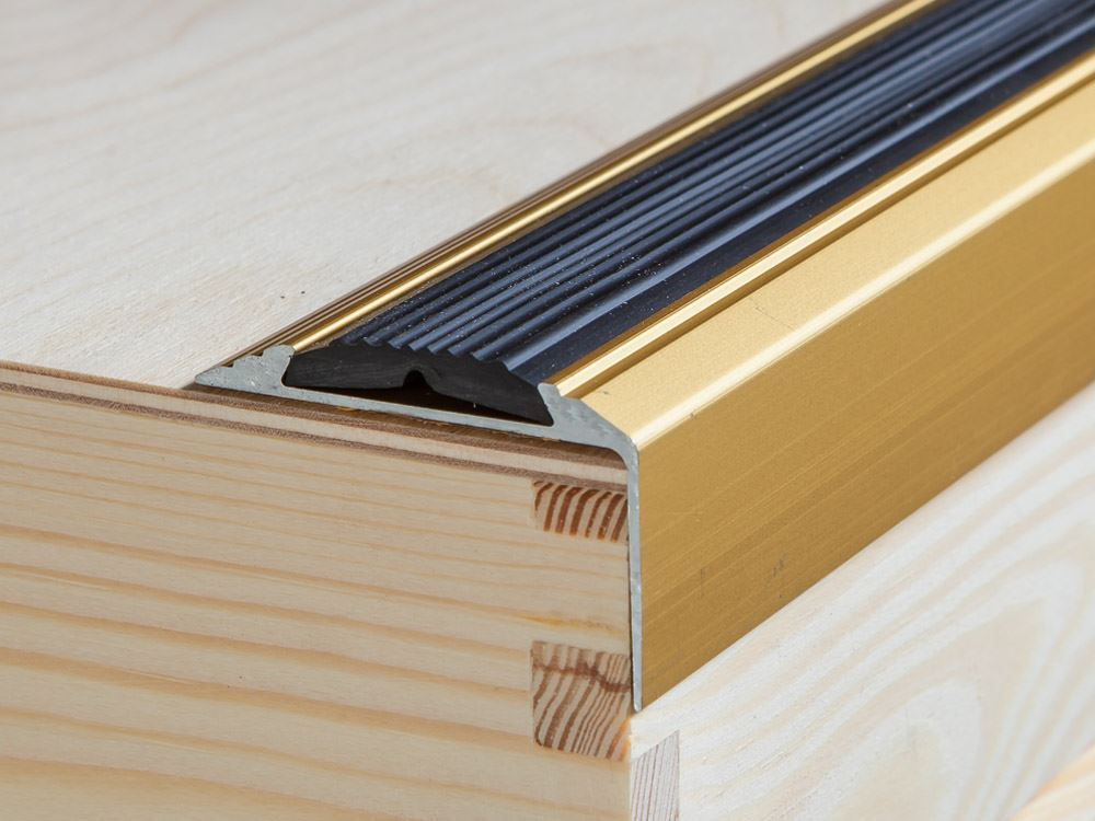 120cm goud aluminium Trapneus trappen profiel trapprofielen hoek profiel