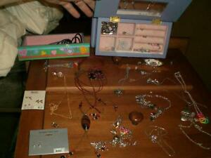 Large collection of kid's / teen's jewellery Belleville Belleville Area image 1