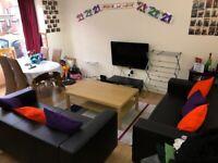 Student Property To Rent - Five Bedroom - Royal Park Terrace, Hyde Park, Leeds, LS6 1EX