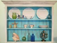 BEACHY, VINTAGE LOOK DISPLAY CABINET