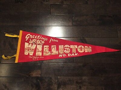 Vintage Williston North Dakota Pennant Felt Banner Souvenir ND USA 1960's Red