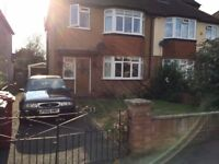 3 Bed Semi Detatched House To Rent In Slough/Burnham
