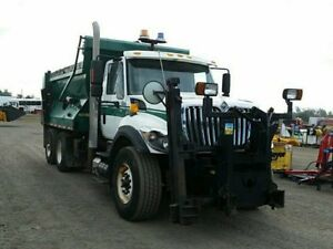 2008 International 7500 Plow Truck at Auction