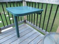 Table escamotable,  pour balcon