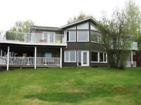 Year round family home with 106ft frontage on Lake of the Woods