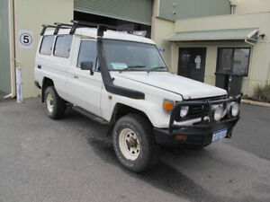 1994 Toyota Land Cruiser (4x4) 11 SEAT East Victoria Park Victoria Park Area Preview