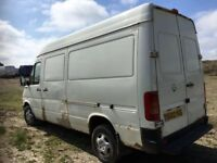 Volkswagen lt 35 mwb high top 2.5 2002 year spare parts breaking
