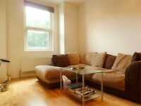 Beautiful Spacious 2 Bed Flat On Battersea High Street Ideal For Sharers Mins Clapham Junction
