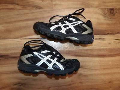 girls size 6 soccer cleats Asics Lethal MP4 shoes 835a3ecaac21a