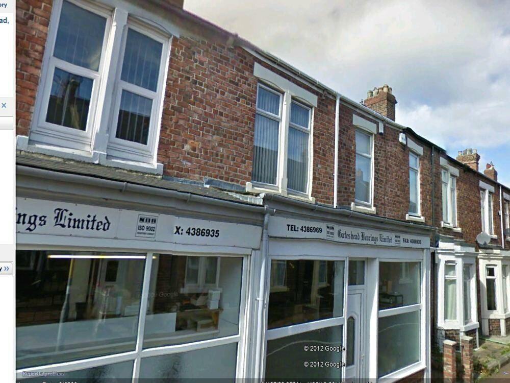 FANTASTIC 3 bedroom upper flat situated in Station Road, Bill Quay, Gateshead.