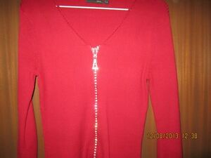 womens  knit sweater Kitchener / Waterloo Kitchener Area image 1