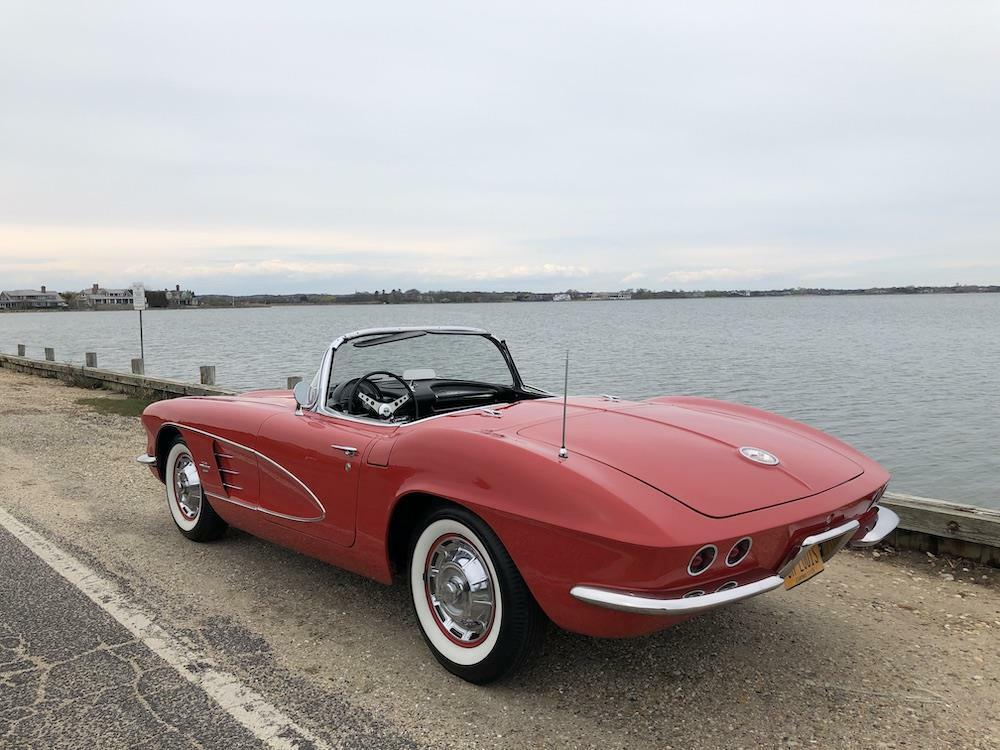 1961 Red Chevrolet Corvette     C1 Corvette Photo 9