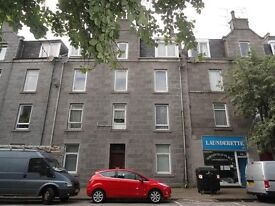 Central Fully Furnished Flat with Gas Cent Heating and Double Glazing to rent for minimum 6 mths