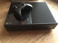 Xbox One 500gb with Kinect and 2 controllers and games for sale