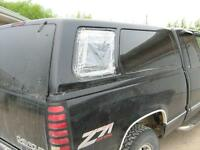Wanted Raider Nomad 2  truck cap  rear side window