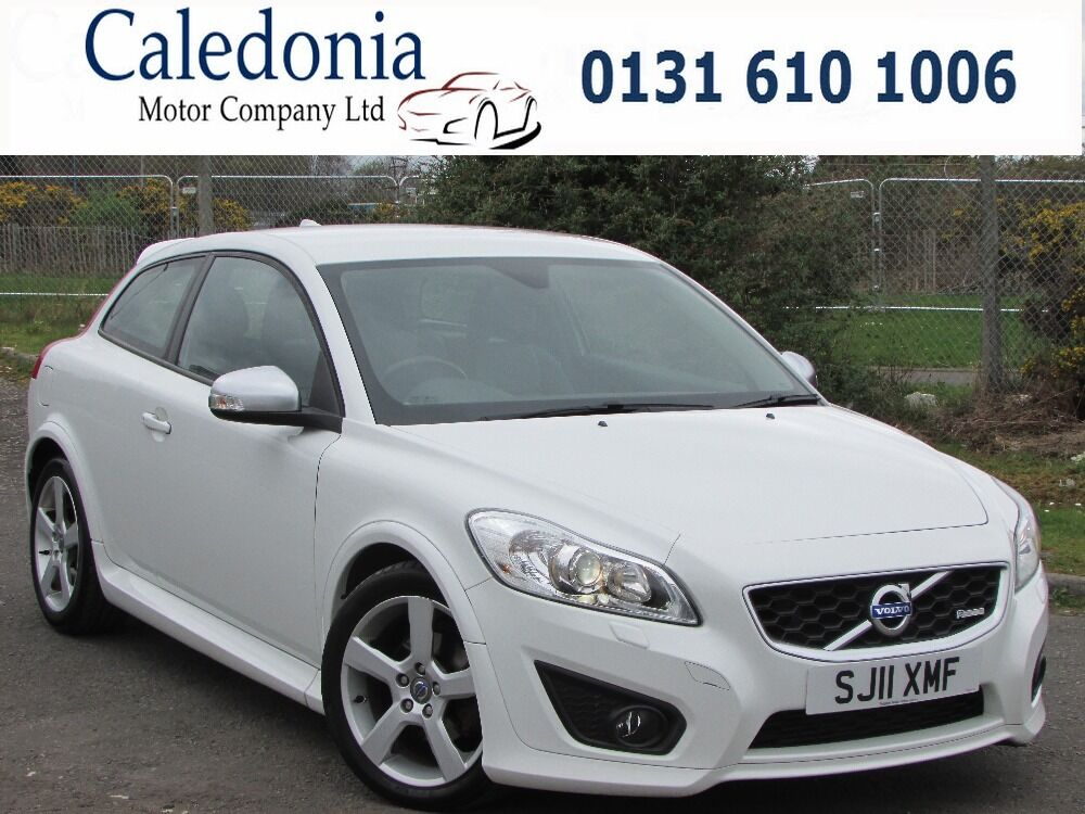 volvo c30 1 6 d2 r design full heated leather white 2011 in edinburgh gumtree. Black Bedroom Furniture Sets. Home Design Ideas