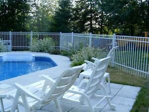 Cl ture cloture de verre cl ture piscine creus e fence for Club piscine a laval
