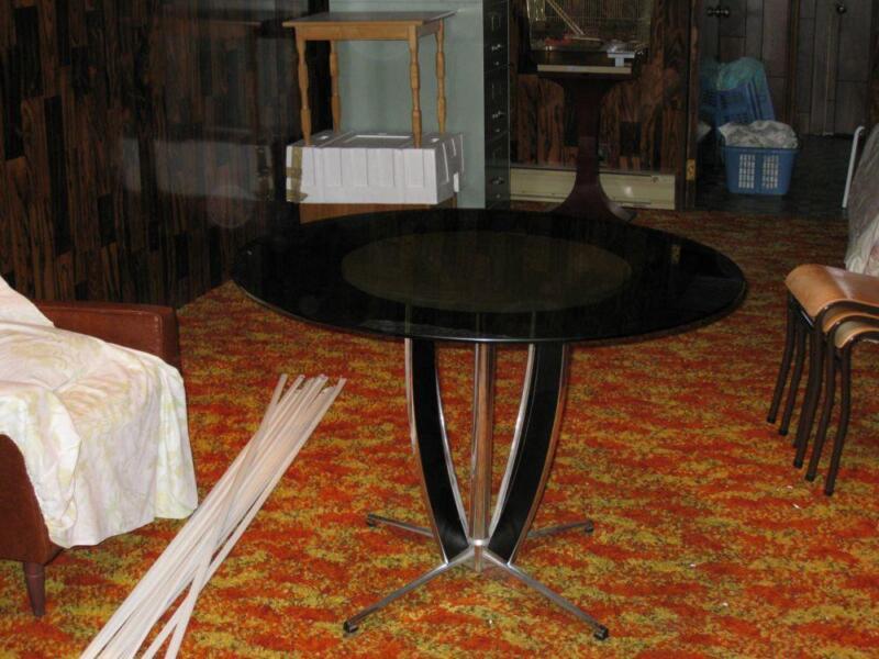 Dinette ronde mobilier de salle manger et cuisine for Acheter meubles montreal