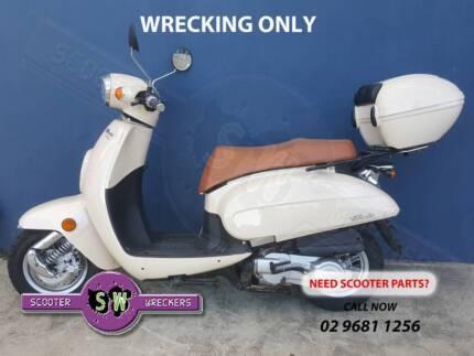 Scooter Motors Kymco SYM Piaggio Aprilia Vespa + More