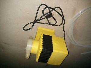 Industrial Grade Metronics Metering Pump Cambridge Kitchener Area image 5