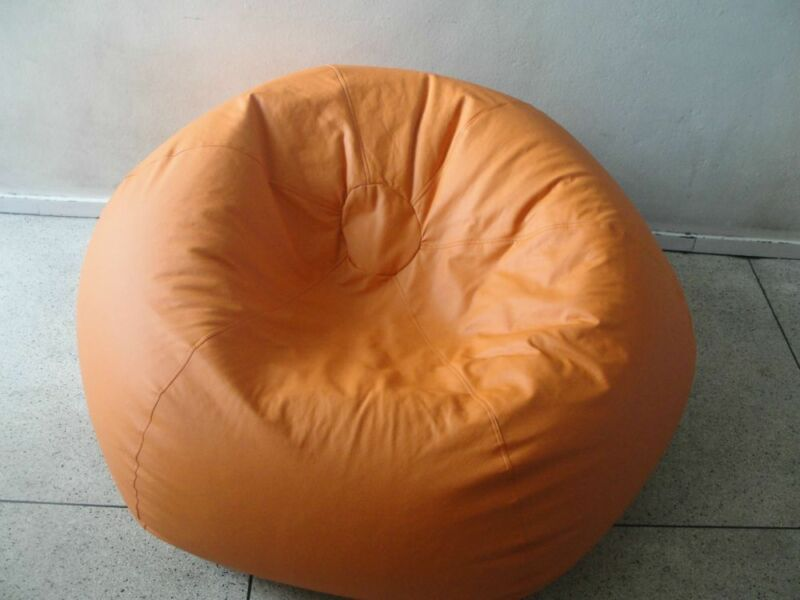 Bean bags shop in Bellville with all types of bean bags.