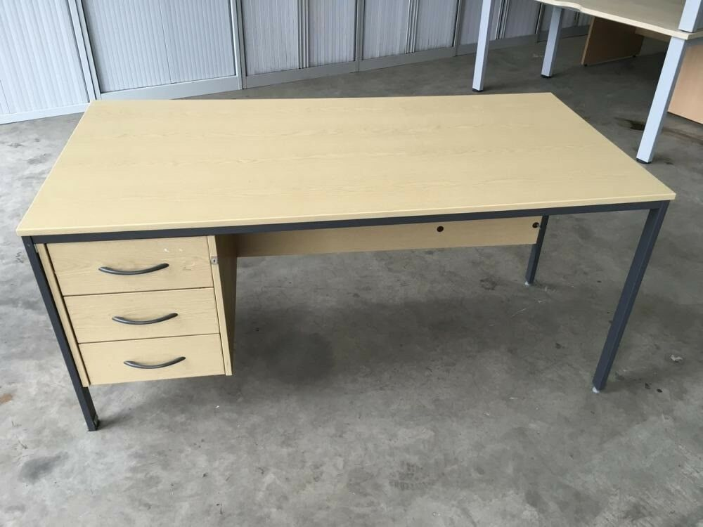 2nd Hand Old Style School Desk With 3 Drawers Attached Great Condition