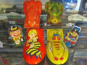 Various Vintage 50's/1960's Tin Litho Clickers - Old Toys