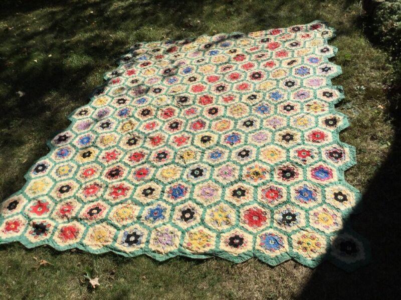 Antique Hand Made Quilt Grandmothers Flower Garden Hexagon English Paper Pierced