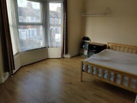 SPACIOUS DOUBLE - FEMALES PREFERRED (£470 PCM) -SEVENKINGS STATION WALKING DISTANCE