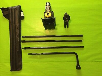 1999-2015 CHEVROLET SILVERADO 1500  JACK AND TOOL KIT **EXCELLENT CONDITION**