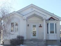 SAINTE CATHERINE BUNGALOW FOR SALE BY OWNER $245,000