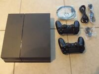 PS4 2 Controllers 3 games