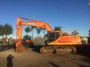 Doosan DX300LC Excavator - LOW HRS - Good condition Kenwick Gosnells Area Preview