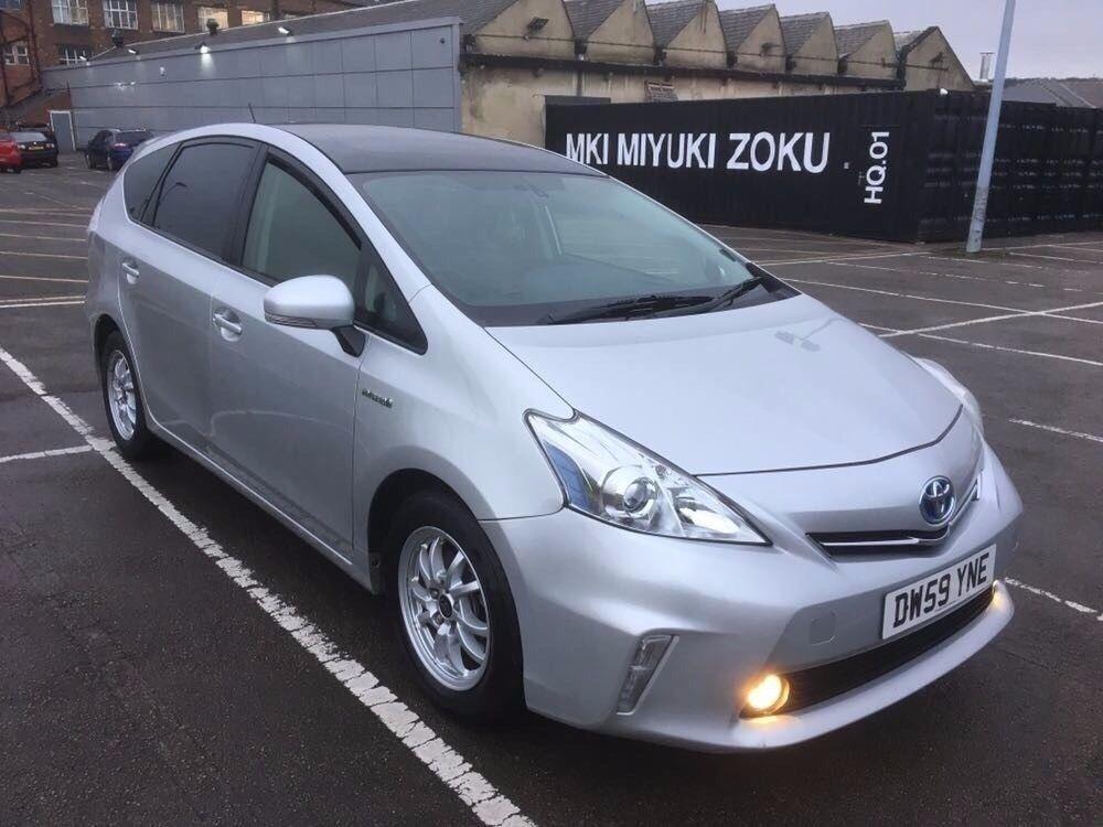 Toyota Prius Plus 2013 Ide Dimage De Voiture