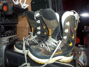 Reduced to move Ride snowboard boots