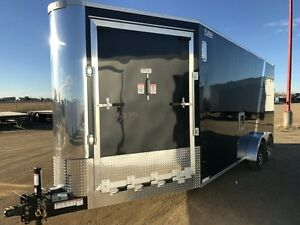 2017 RoyalCargo XRARSMT35-722-86 Enclosed Snowmobile Trailer