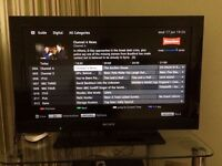 "Sony 32"" high definition tv with freeview (delivery is possible if local)"