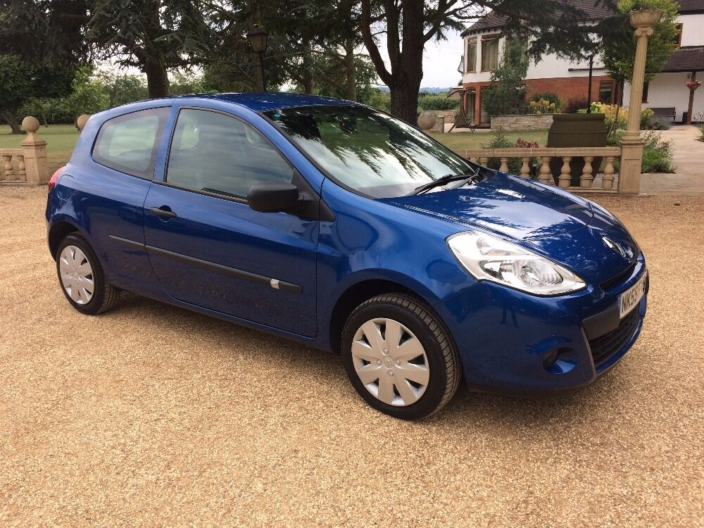 renault clio 1 2 extreme blue 2009 in loughborough leicestershire gumtree. Black Bedroom Furniture Sets. Home Design Ideas