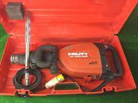 Hilti TE 1000 AVR Heavy Duty Concrete Breaker 110v Plus New Hilti Chisel