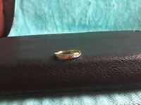 9ct Gold & Diamond Ring