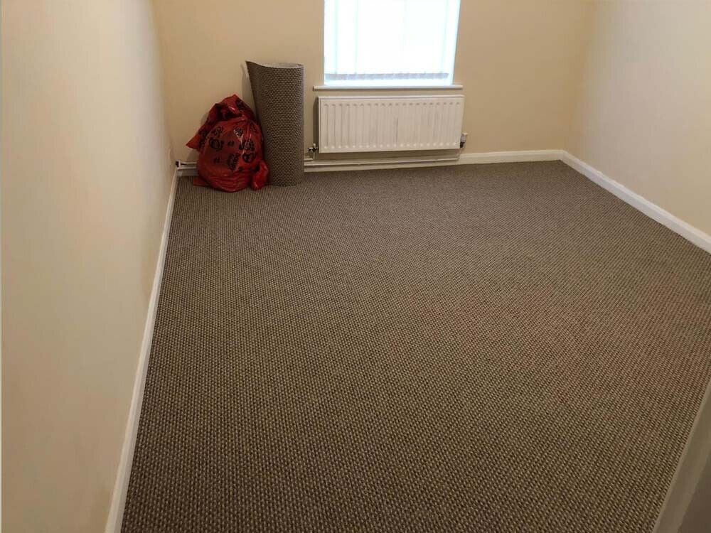 Groovy Brown Carpet Very Good Condition Well Looked Aftered Offers In Wokingham Berkshire Gumtree Complete Home Design Collection Barbaintelli Responsecom