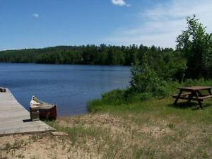Cottage Rental: NEIL LAKE, QC - 1:15 hr north of Ottawa!