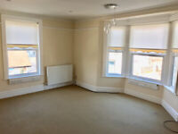 Lovely Large 3 Bedroom Unfurnished Maisonette Flat in Selsey High Street,Chichester, with Parking
