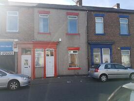 5 bedroom house in St Marks Road, Sunderland