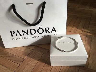 New Auth Pandora Sterling Silver Heart Clasp Bracelet Size 19 Plus Gift Bag Box