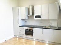 1 bedroom flat in Cromwell Road, London SW5