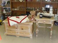 WHITE WASH FINISH WOODEN BLANKET BOX AND SIDE TABLE HOPE CHEST