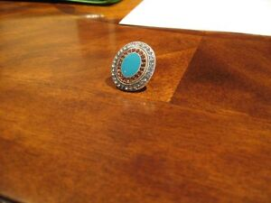 New Ladies Size 7 Aqua blue Silver Costume Ring..Stylish!!!!